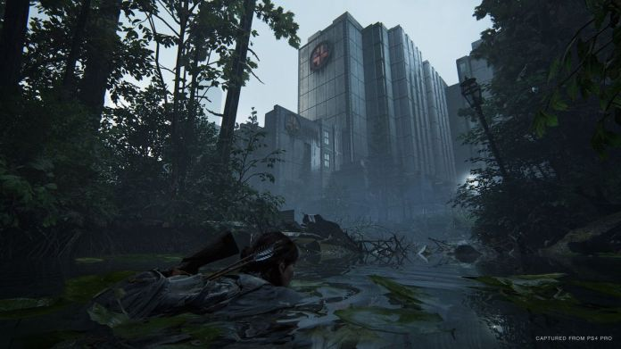 In The Last Of Us Part II, Ellie swims across a flooded roadway in what remains of downtown Seattle.