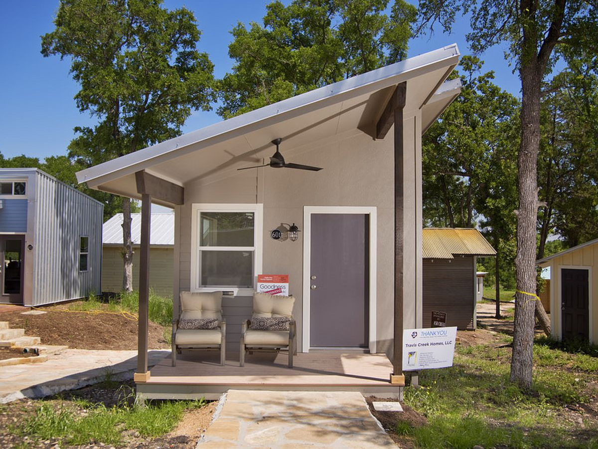 Tiny house communities in fl for Small homes in florida