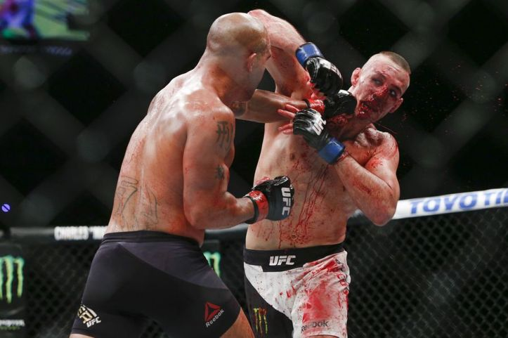 Robbie Lawler reflects on legendary fight with Rory MacDonald: 'The world  got to see who I was' - MMA Fighting