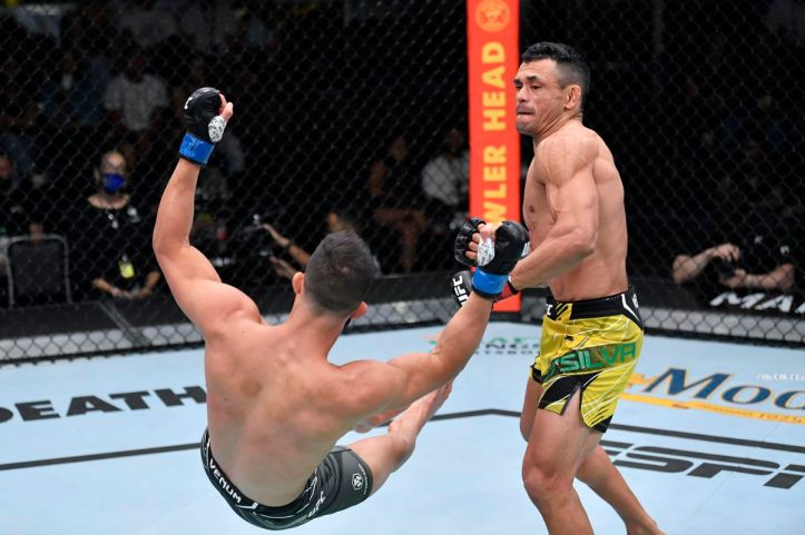 I swear this isn't a photoshop, mid-air knockouts just end up looking goofy   MAFB: UFC Fight Night 193