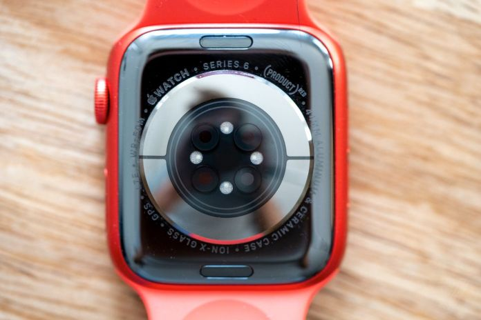 It's past time for the Apple Watch to add Qi wireless charging