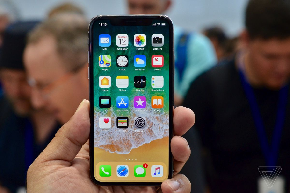 Apple Releases Ios 11 2 With Apple Pay Cash Fast Wireless Charging And Iphone Crash Fix