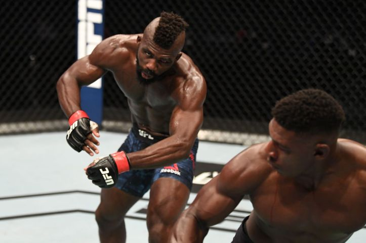 UFC Fight Island 5 video: Joaquin Buckley knocks out Impa Kasanganay with  jaw-dropping spinning heel kick - MMA Fighting