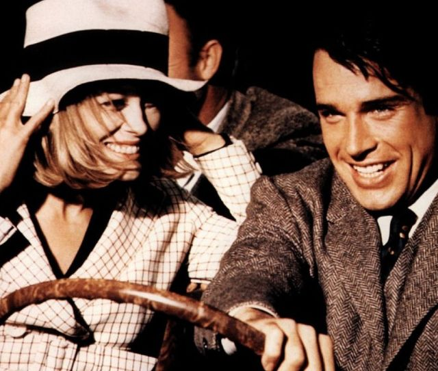 Faye Dunaway And Warren Beatty In Bonnie And Clyde 1967
