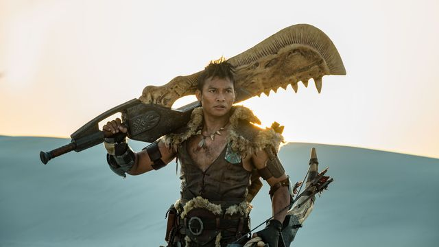 tony_jaa_monster_hunter_sword.0 Monster Hunter's giant sword was almost too big for Tony Jaa | Polygon
