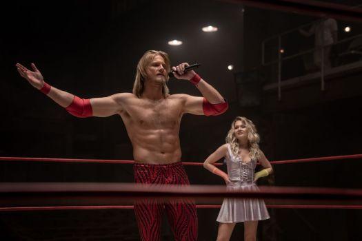 Ace Spade (Alexander Ludwig), Crystal Tyler (Kelli Berglund) in the ring in Heels