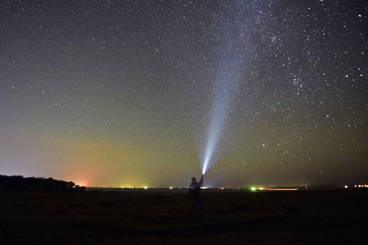 The Orionid Meteor Shower Peaks This Weekend Here S