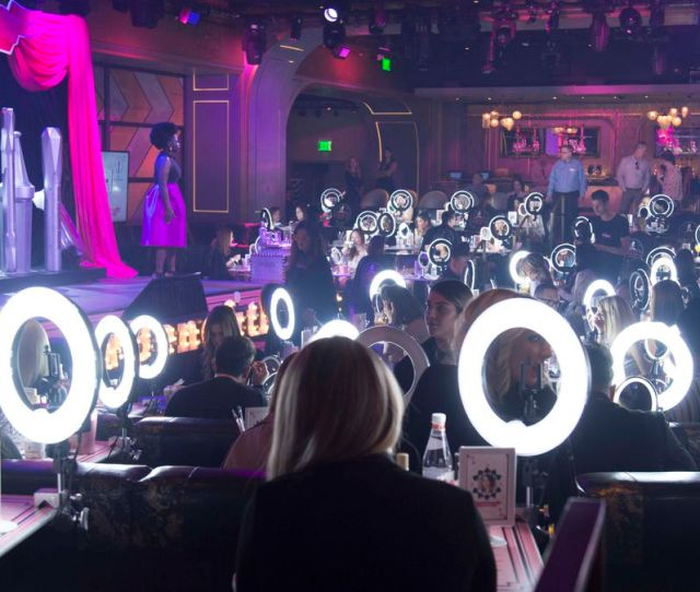 Beauty Influencers And Ring Lights In Las Vegas Photo Benefit
