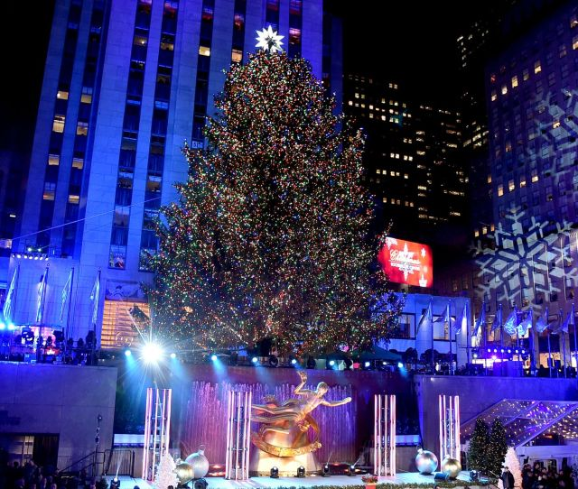 Rockefeller Center Christmas Tree Lighting  Street Closures In Nyc Curbed Ny