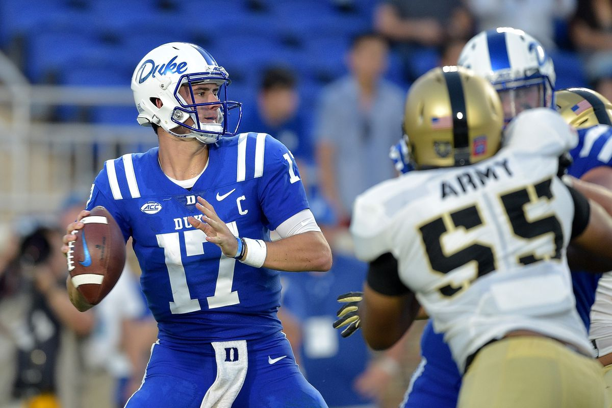 After redshirting his first year at duke in 2015, jones became the starting quarterback in his sophomore season in 2016 after quarterback thomas sirk suffered a. Northwestern's Big Concern Against Duke: Daniel Jones ...