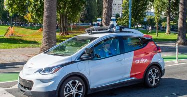 Cruise gets permit from California to provide passenger test rides in driverless vehicles