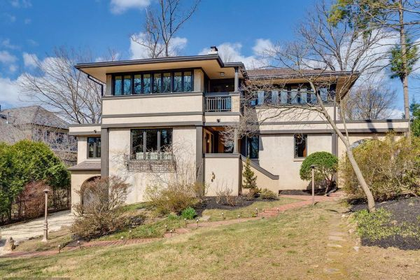 Frank Lloyd Wrightinspired home in Arlington on the