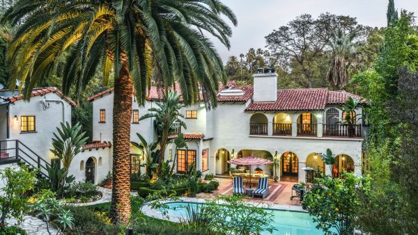 spanish style homes with garden American Rag founder lists 1928 Spanish-style house in Los