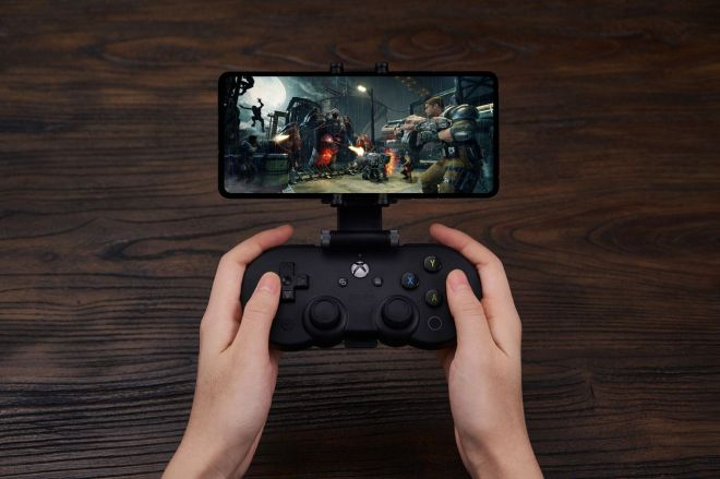 8bitdoxboxcontroller.0 Microsoft xCloud launch: How to to play Xbox games from your phone | The Verge