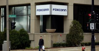 Foxconn tells Wisconsin it never promised to build an LCD factory
