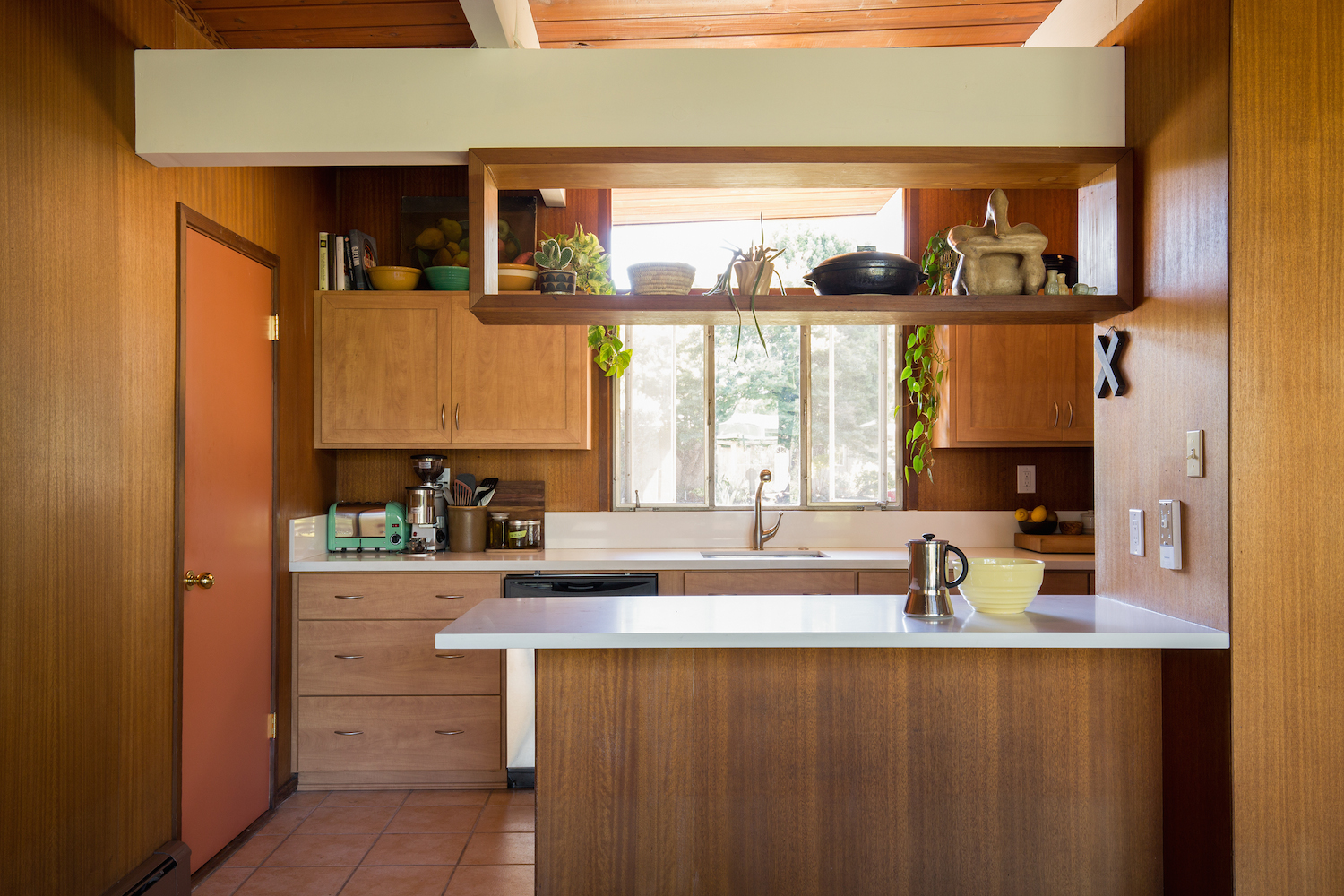 Best Kitchen Gallery: 20 Charming Midcentury Kitchens Ranked From Virtually Untouched of Mid Century Kitchen Cabinets on cal-ite.com