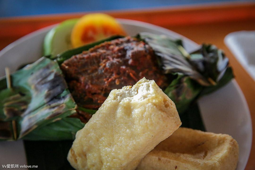 bali-beachwalk-food-9982