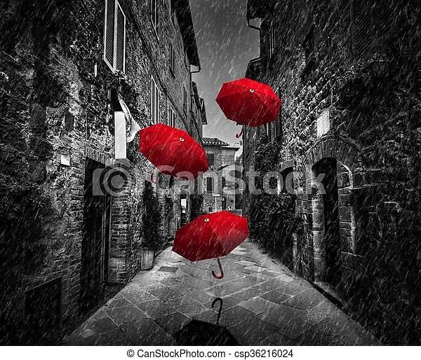 https www canstockphoto fr pluie vent ville umrbellas italie 36216024 html