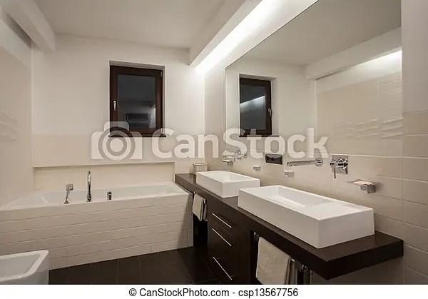 https www canstockphoto fr salle bains maison moderne 13567756 html