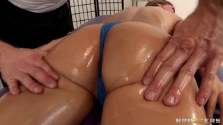 Presley Hart gets her birthday present in the massage parlor thumb