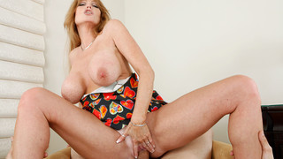 Darla Crane & Anthony Rosano in House Wife 1 on 1 thumb