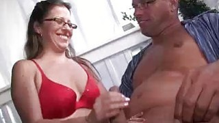 Wise Lady Knows How To Offer Her Man A Good Wife thumb