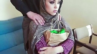 Poor Arab girl gets some money and gives her sweet pussy to a horny man thumb