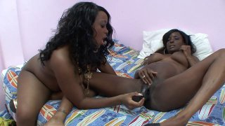 Two pregnant ebony sluts cum all over big black dildos thumb