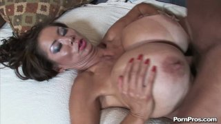 Whale_Size_tits_of_Sushi_Minka_giving_titjob_and_bouncing_when_he_pokes_her_missionary_position thumb