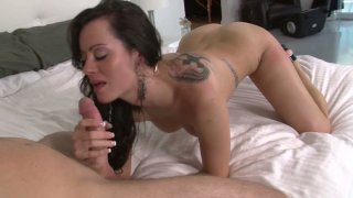 Bootylicious brunette Mandy Haze works the dick with her pussy and tongue thumb