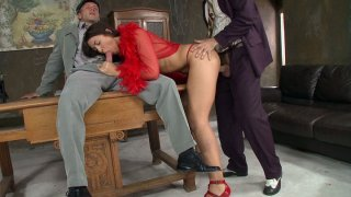 Brunette starlet Malaya gets her ass fucked in threesome thumb