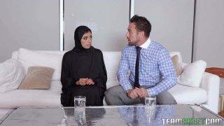 Muslim Teen Gets The Cream thumb