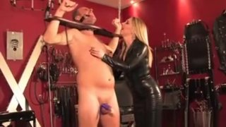 Mistress Dominates Pathetic Sub With Whip thumb