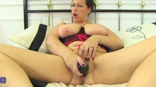 Natural busty mature mother with_amazing ass thumb