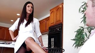 Lucky_guy_having_phone_sex_with_his_GFs_stepmom_India_Summer thumb