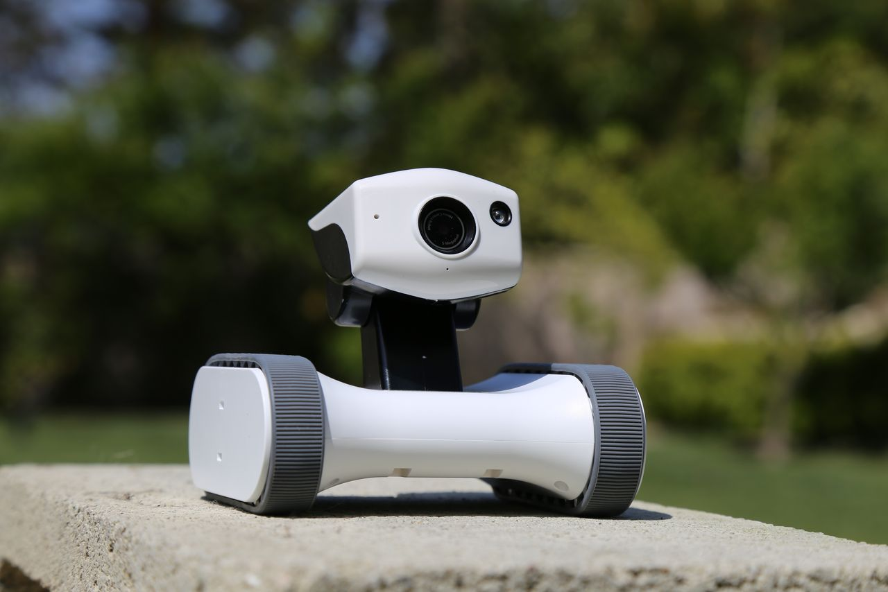 Mobile Security Robot
