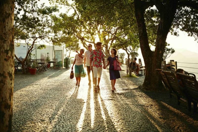 Airbnb revela datos sobre las decisiones de los viajeros para días feriados - airbnb-revela-que-viajeros-postergan-reservas-en-san-valentin3-800x534