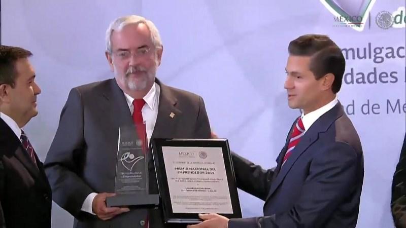 La UNAM gana el Premio Nacional del Emprendedor 2015 - emprendedor-2015