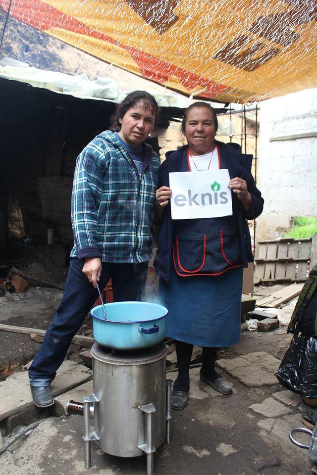 Lanzan al mercado estufa ecológica que reduce 95% emisiones de humo - estufa-ecologica2