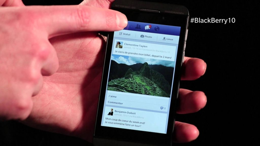 Facebook también abandonará a BlackBerry - facebook-bb10