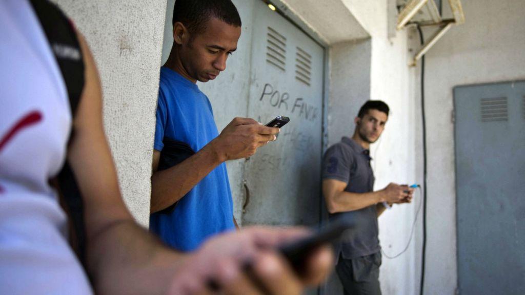 Google planea ayudar a Cuba a extender el acceso a internet - google-cuba-inetnet