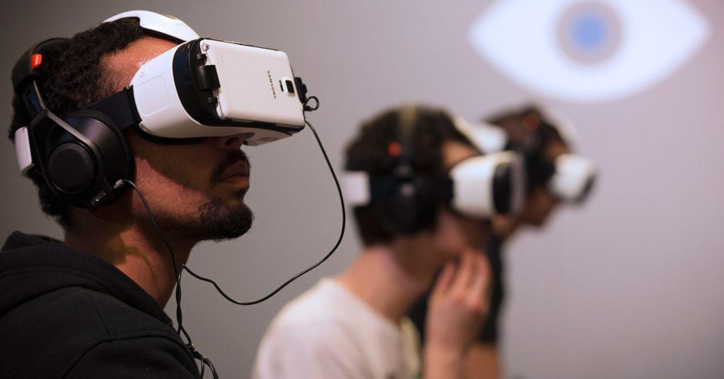 Dispositivos de Realidad Virtual generarían ingresos de hasta 895 MDD en 2016 - realidad_virtual_2016