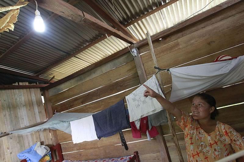 Estudiantes desarrollan generador eléctrico para iluminación en hogares - generador-electrico-iluminar-hogares