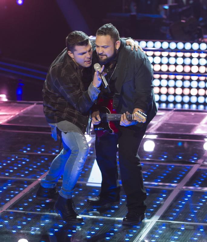 Últimos ganadores de las Batallas de La Voz México 2016 - la-voz-mexico-2016-4-luis-diaz-vs-ivan-tacher13