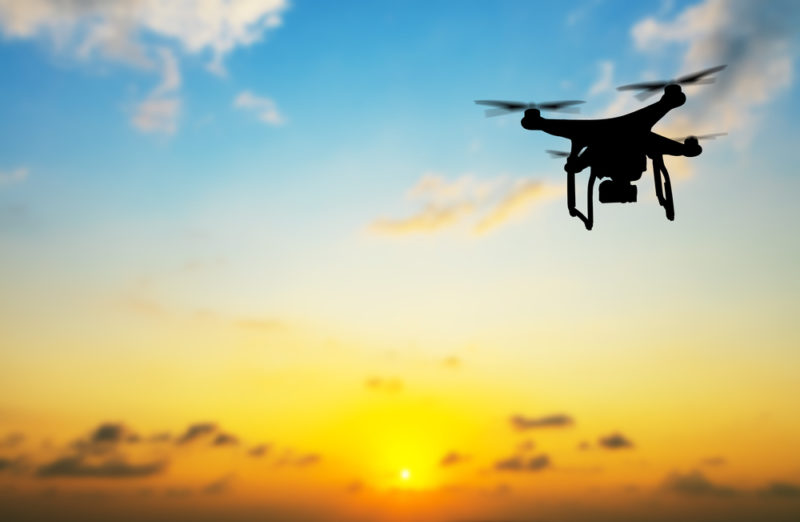 """Drones low cost, tendencia que comienza a """"emprender el vuelo"""" en México - drones-low-cost-800x522"""