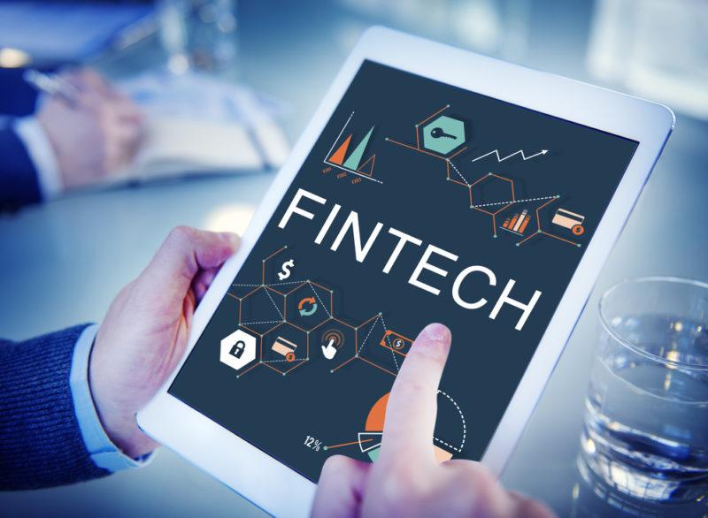 Fintech Vs. empresas tradicionales de servicios financieros: ¿amenaza u oportunidad? - fintech-800x586