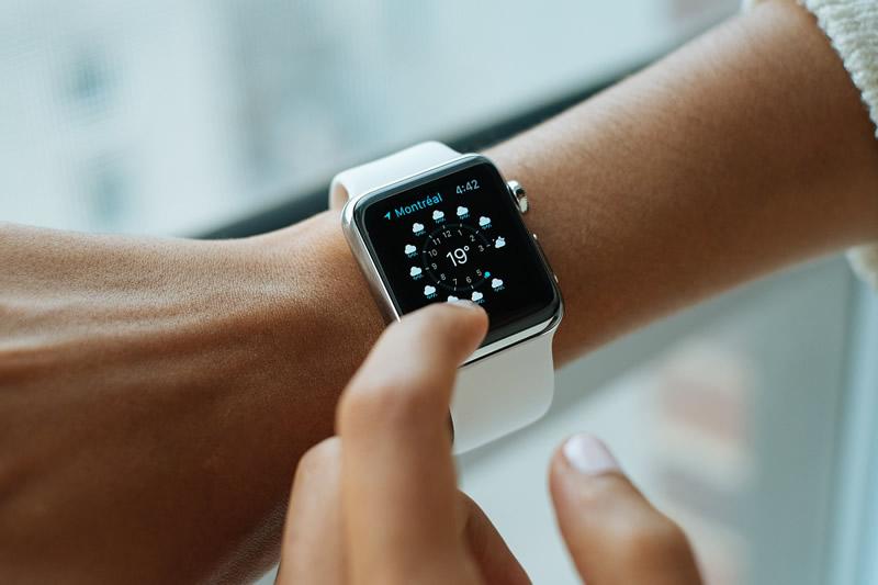 ¿Puede una App reemplazar a un banco? - smartwatch-app