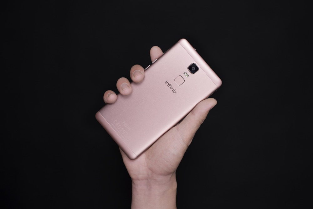 Infinix Mobility anuncia la disponibilidad de su smartphone Note 3 en México - x601_lifestyle-picture-51