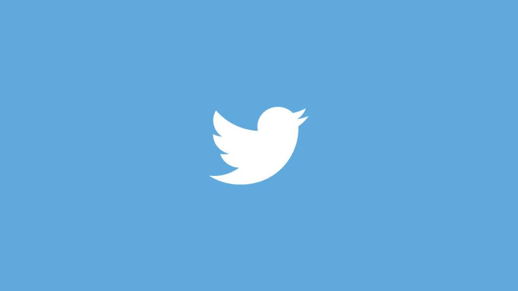 Múltiples cuentas de Twitter son hackeadas para publicar textos antieuropeos - twitter-logo-blue-bg