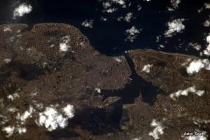 Un astronauta japonés que manda tweets desde el espacio - habana-twitpic-300x200
